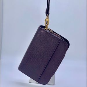 Louis Vuitton Taiga Acajou Pochette Baikal Clutch